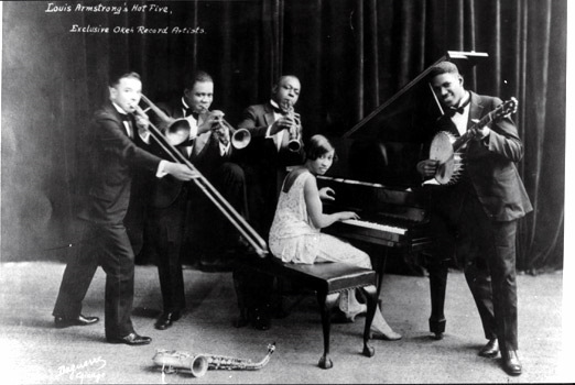 louis-armstrong-and-his-hot-five_2_t0